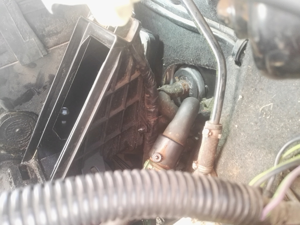 Changement radiateur de chauffage Img_2011
