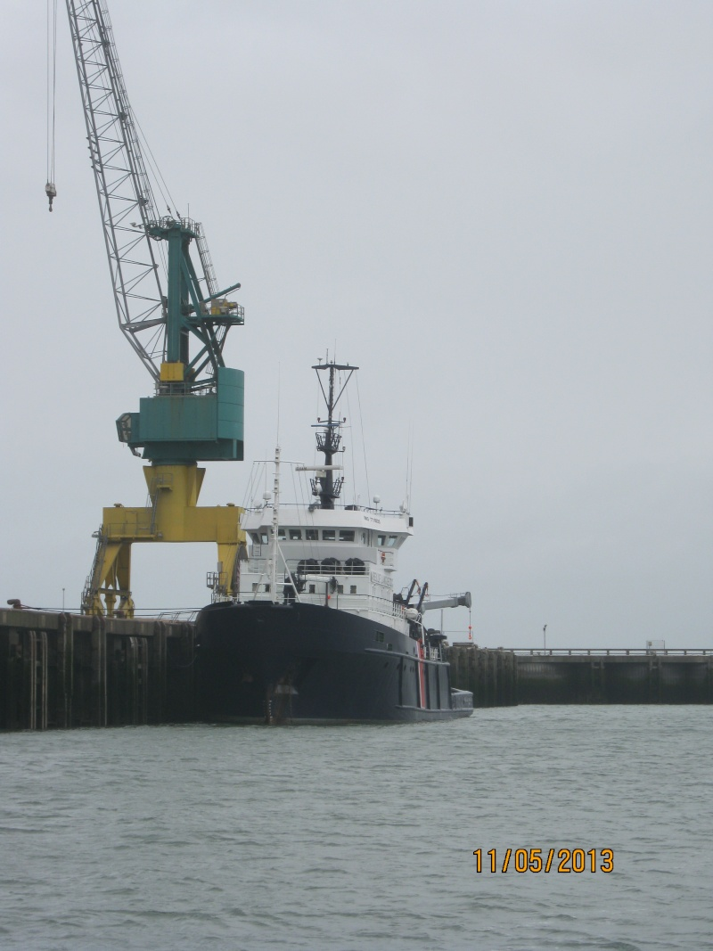 [Vie des ports] Port de Boulogne Img_4138