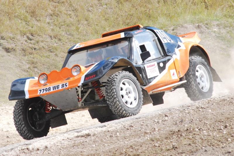 phil - Recherche Photos et vidéo Phil's car orange et noir N°140 41010