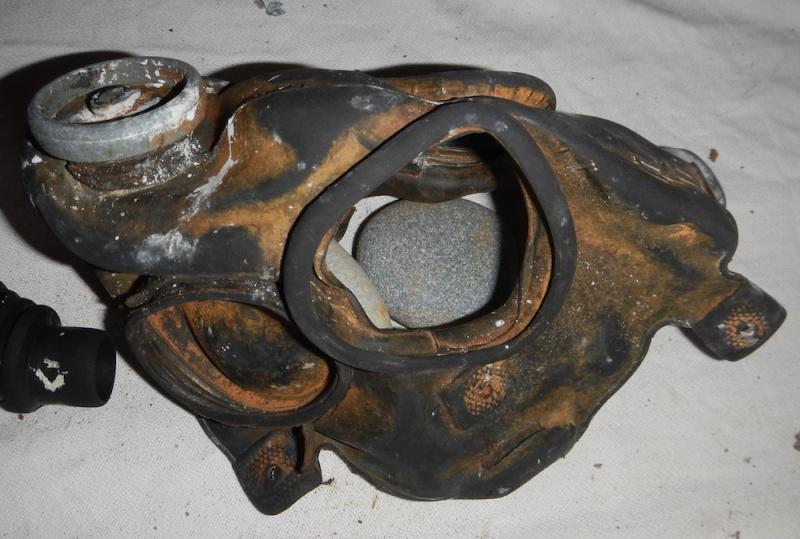 assault gas mask M5-11-7. Dscn0610