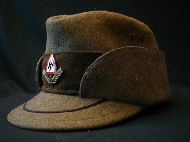 Mon ancien them: Alsace 1940/44 et coiffures politiques. Kapi_r10