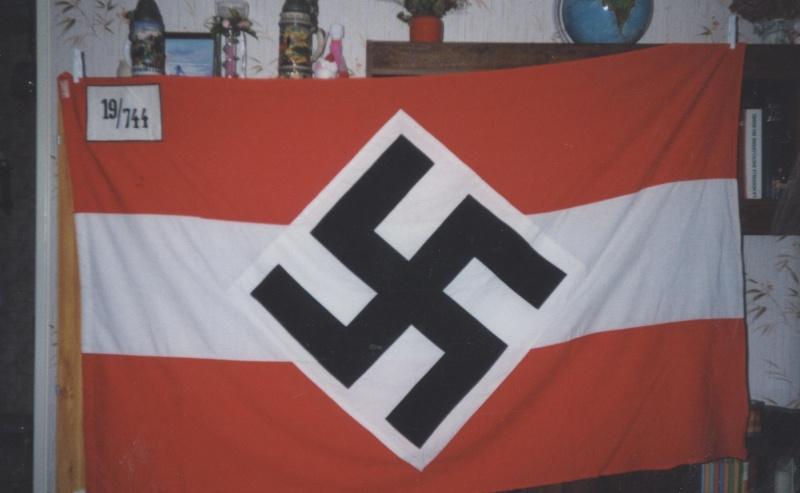 Mon ancien them: Alsace 1940/44 et coiffures politiques. N_00510