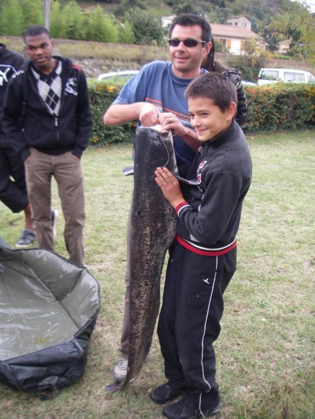 Initiation Pêche le 10 octobre 2009 Silure10