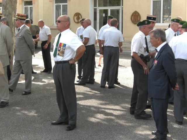 Changement de Chef de Corps - Page 4 Bild0810