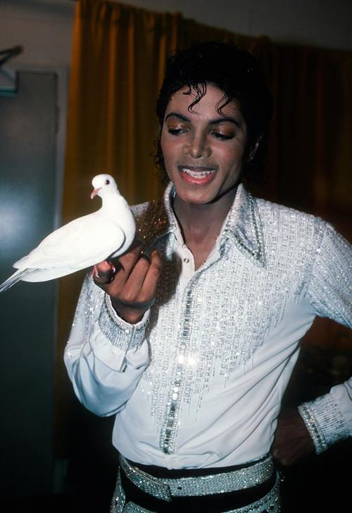 Collection MJ-Story : Michael et les animaux ^^ - Page 6 Michae14
