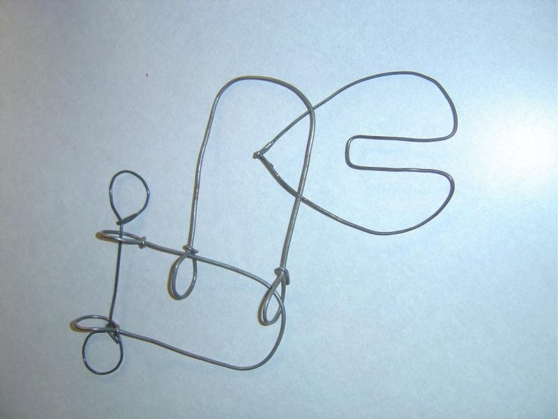 Vous avez du fil de fer ? (ajout: ou un vieux stérilet) Dsc03711