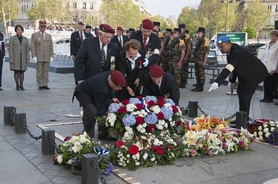 Diên Biên Phù fin du sacrifice le 7 mai 1954: hommage aux morts tombés depuis le 20 novembre 1953 _dsc1312