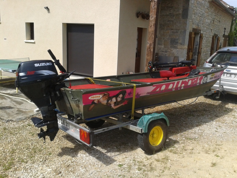 AV barque de pêche, bass boat 2013-011
