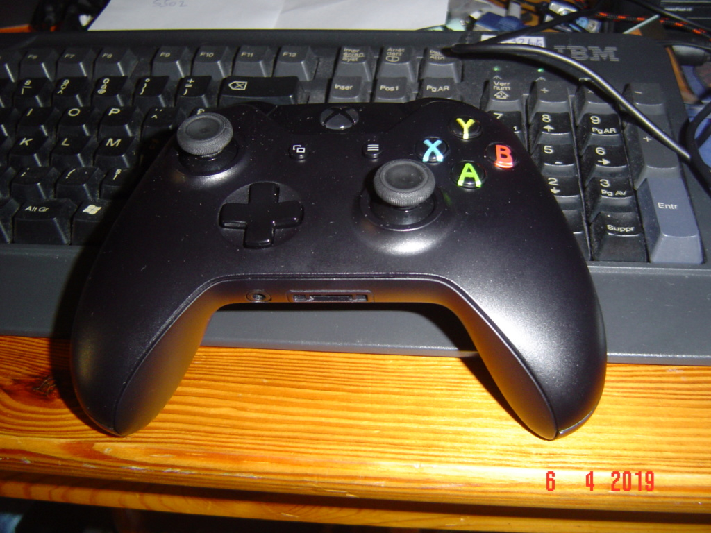 La Xbox one de Korok. Et ouais ! Dsc05811