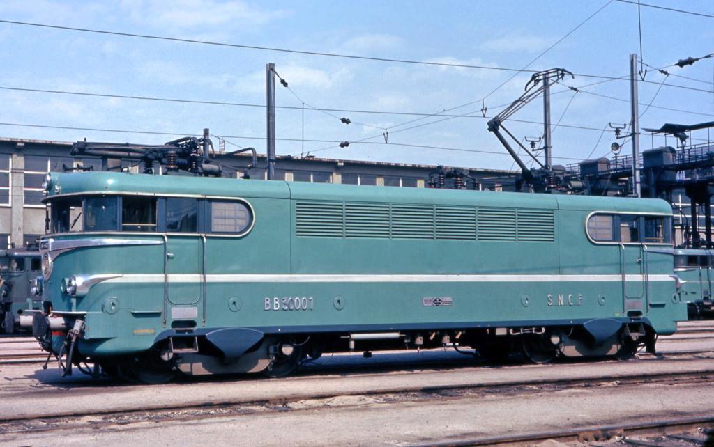 Nouveautés Ferroviaires 2020 ( Märklin Roco Noch Piko etc )  - Page 2 Bb300010