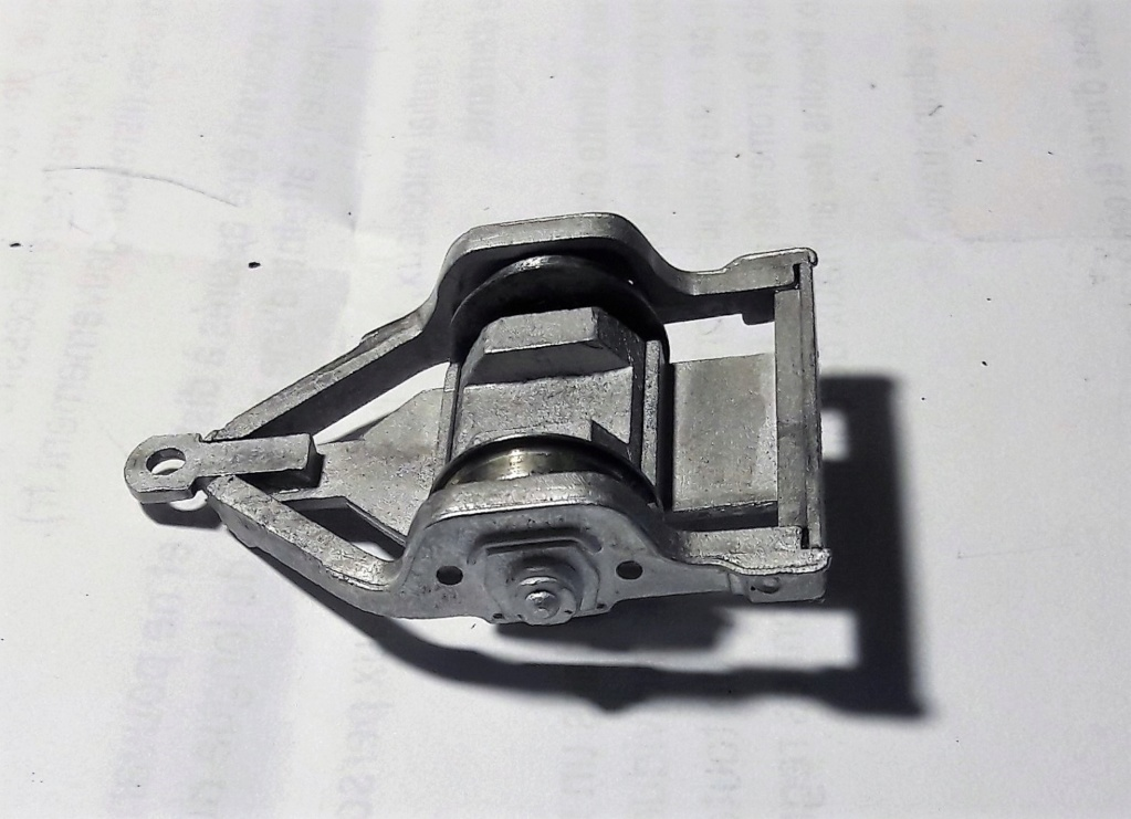 Construction d'un kit DJH de locomotive SNCB type 1.002 - Page 9 Bissel11