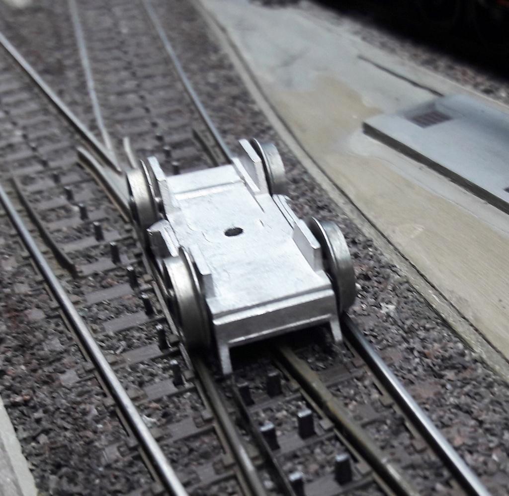 Construction d'un kit DJH de locomotive SNCB type 1.002 - Page 9 Bogie10