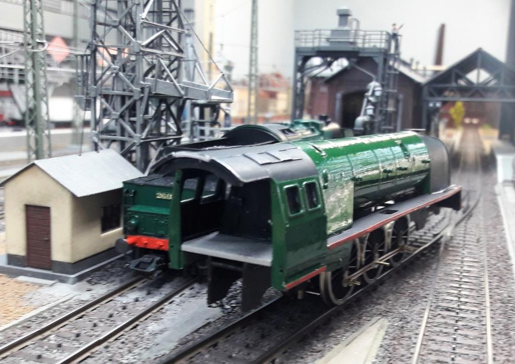 Construction d'un kit DJH de locomotive SNCB type 1.002 - Page 6 Chaudi13