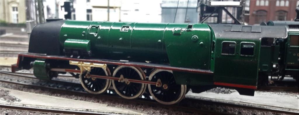 Construction d'un kit DJH de locomotive SNCB type 1.002 - Page 6 Cylind10