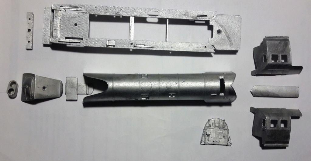 Construction d'un kit DJH de locomotive SNCB type 1.002 - Page 3 Supers10