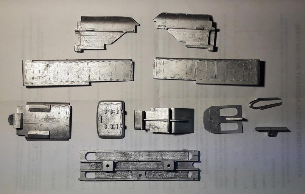 Construction d'un kit DJH de locomotive SNCB type 1.002 - Page 9 Tender10