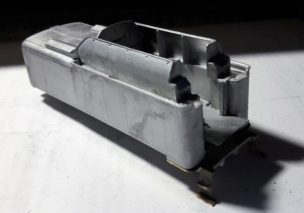 Construction d'un kit DJH de locomotive SNCB type 1.002 - Page 10 Tender12