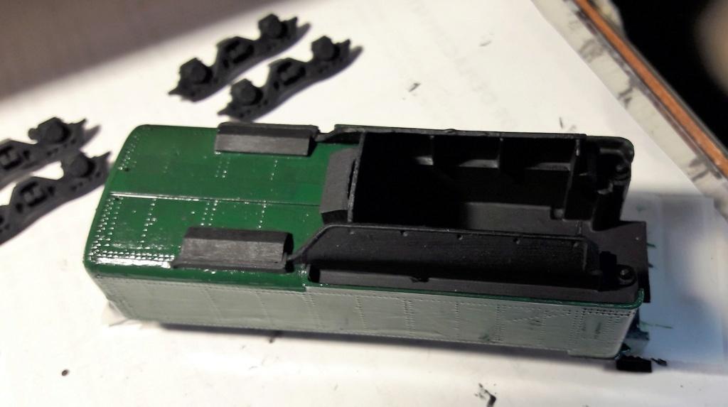 Construction d'un kit DJH de locomotive SNCB type 1.002 - Page 11 Tender14