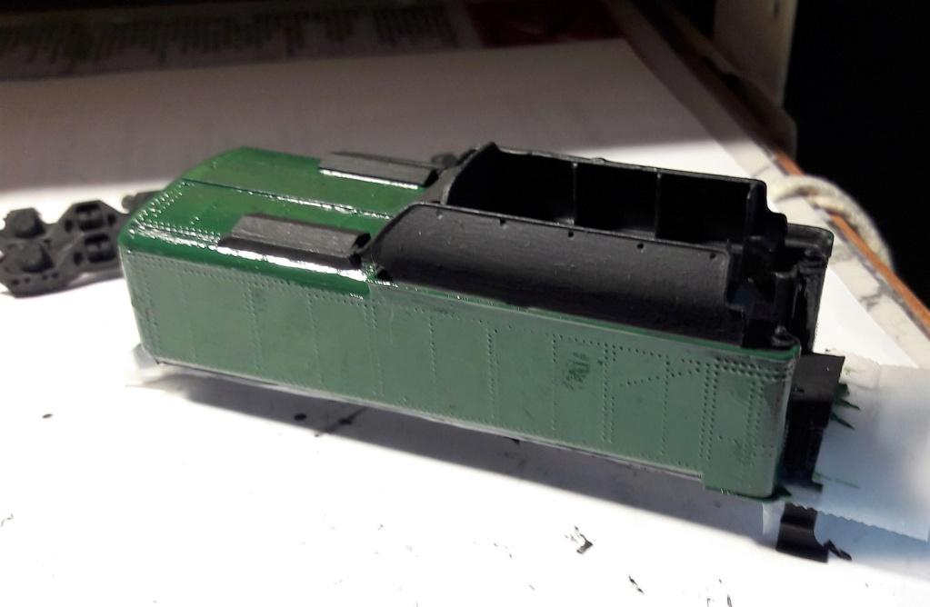 Construction d'un kit DJH de locomotive SNCB type 1.002 - Page 11 Tender15