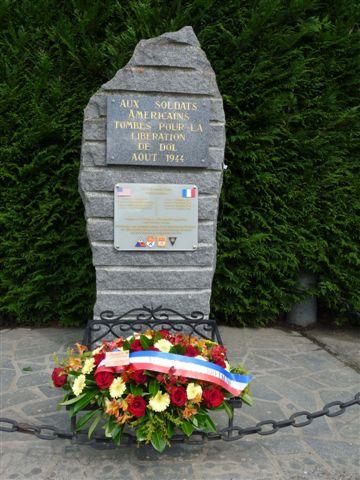 Monument des victimes américaines - Dol-de-Bretagne (35) P1120710