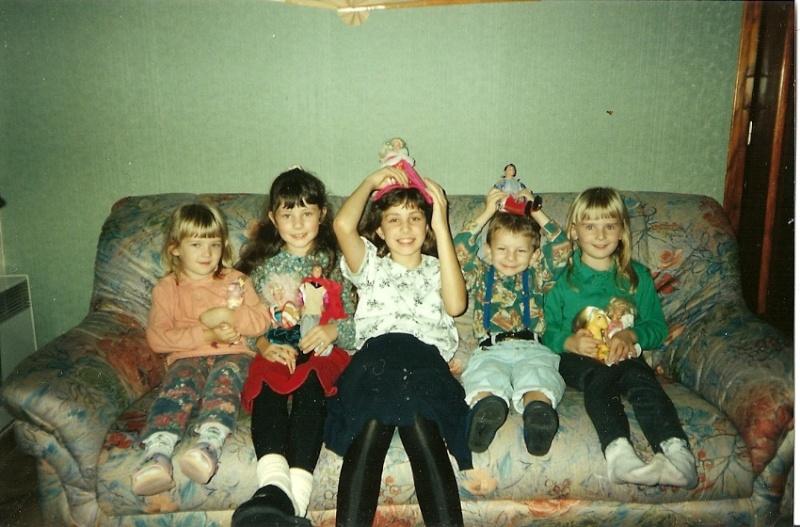 Nous, enfants avec nos poneys et autres jouets - Page 6 919