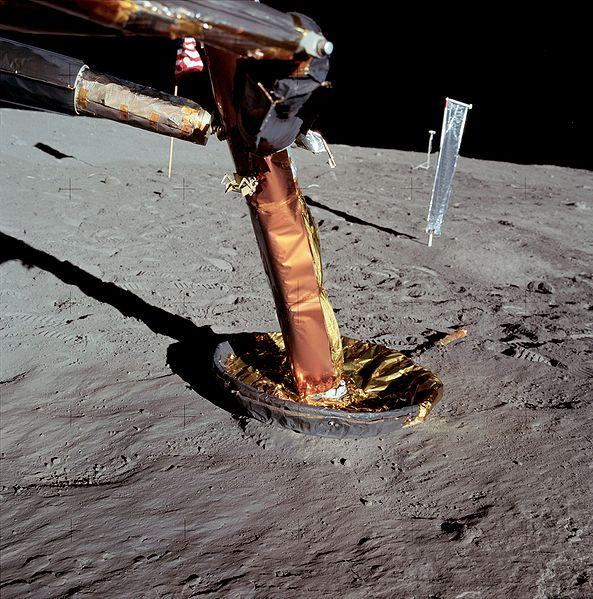Rumeurs sur le programme Apollo 593px-11