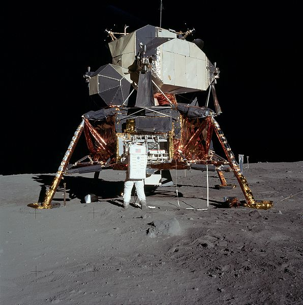 Rumeurs sur le programme Apollo 596px-10