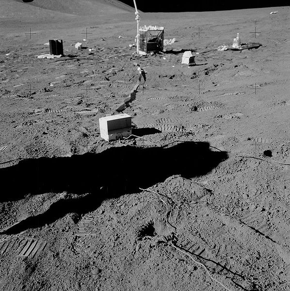 Rumeurs sur le programme Apollo 598px-10