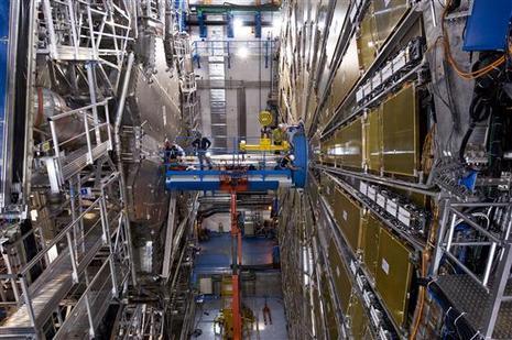 La fin du monde pour le 10 septembre? LHC le plus grand accélérateur de particules du monde  - cern - Page 2 Large_11