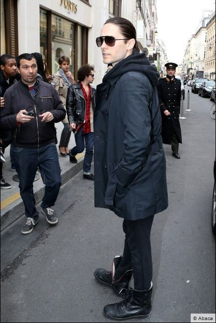 Jared Leto sortant de l'hotel Mandarin  00411