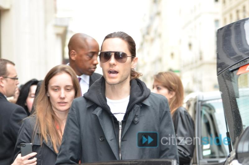 Jared Leto sortant de l'hotel Mandarin  70523710