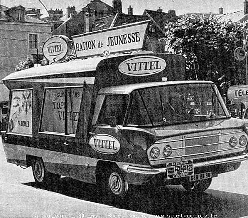Les véhicules de la Caravane du Tour de France 1950's & 1960's - Page 3 54-19610