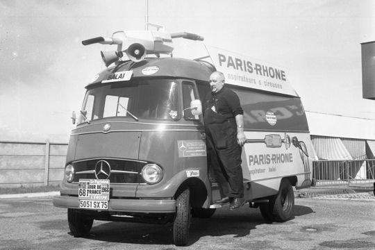 Les véhicules de la Caravane du Tour de France 1950's & 1960's - Page 3 Aspira11