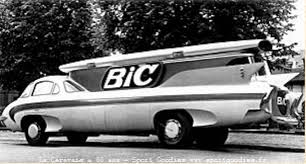 Les véhicules de la Caravane du Tour de France 1950's & 1960's - Page 2 Bic10