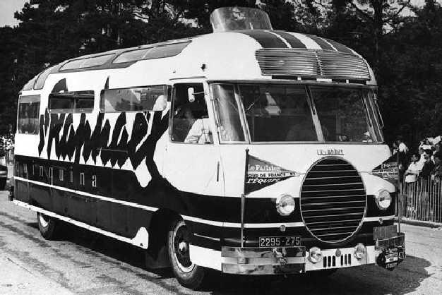 Les véhicules de la Caravane du Tour de France 1950's & 1960's - Page 2 Carava10