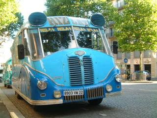 Les véhicules de la Caravane du Tour de France 1950's & 1960's - Page 3 Delaha10