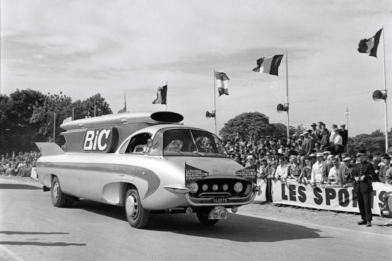 Les véhicules de la Caravane du Tour de France 1950's & 1960's - Page 2 Imgcar10