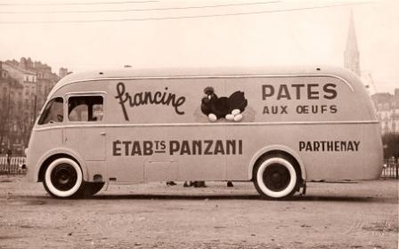 Les véhicules de la Caravane du Tour de France 1950's & 1960's - Page 3 La-pub10