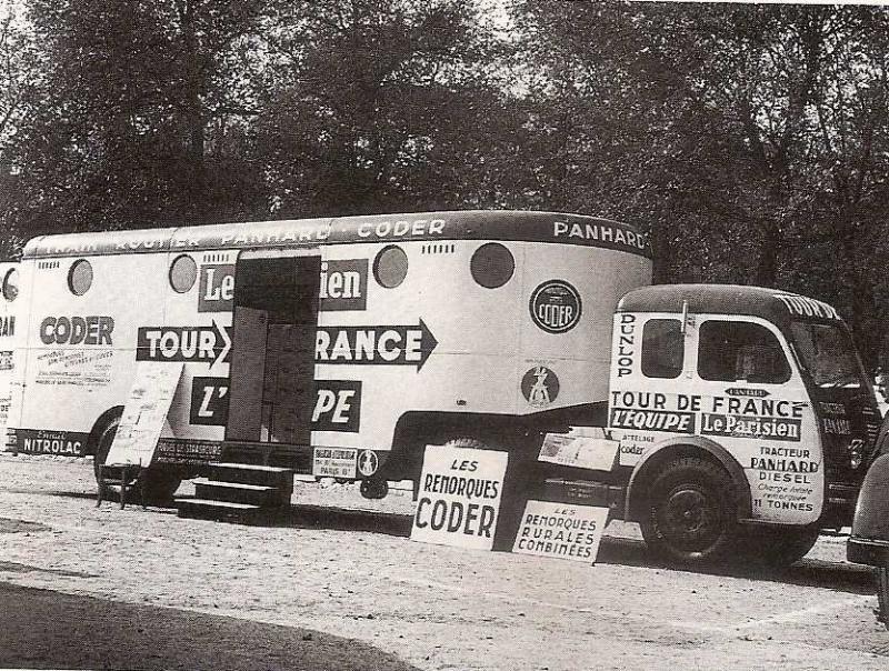Les véhicules de la Caravane du Tour de France 1950's & 1960's - Page 2 Panhar10