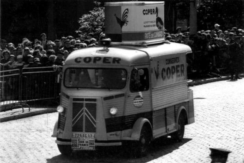 Les véhicules de la Caravane du Tour de France 1950's & 1960's - Page 3 Pub-co11