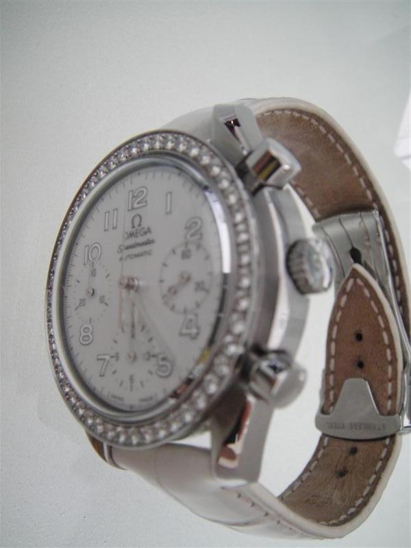 Zenith El Primero Lady fond nacre / Omega speedMaster Lady fond nacre Dsc00420