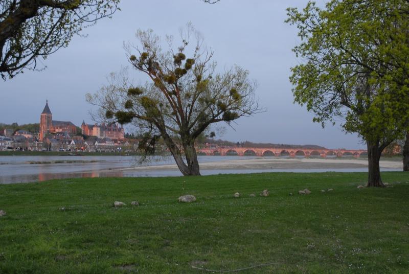 Sites et Paysages Camping Touristique de Gien (Val de Loire) _dsc0010