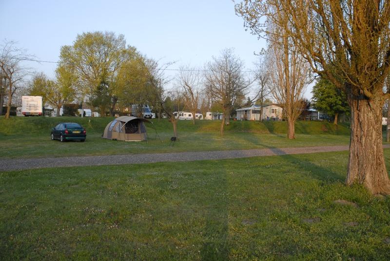 Sites et Paysages Camping Touristique de Gien (Val de Loire) _dsc0011