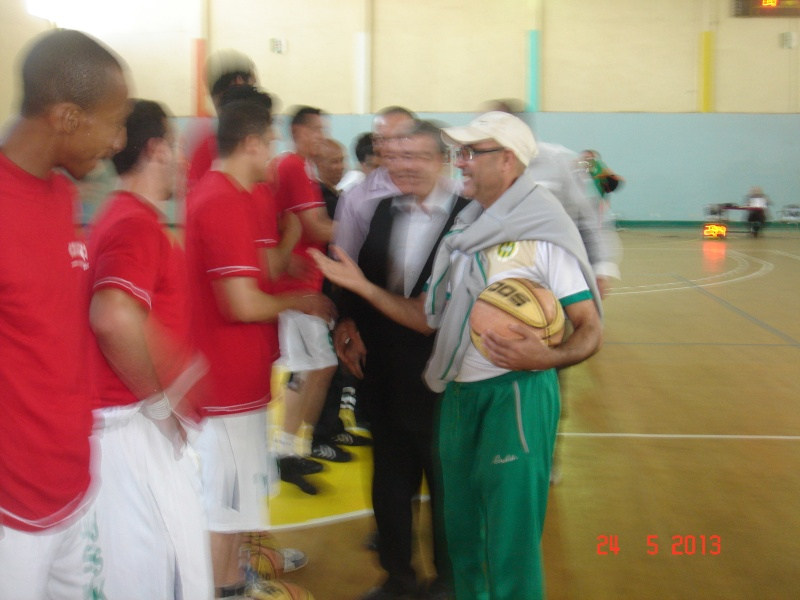 JS Kabylie : Section BASKETBALL - Page 2 Dsc00015