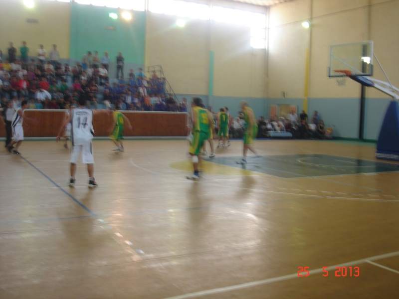 JS Kabylie : Section BASKETBALL - Page 2 Dsc00117