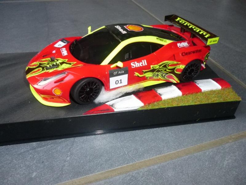 Ma première peinture sur Ferrari F 458 P1000310