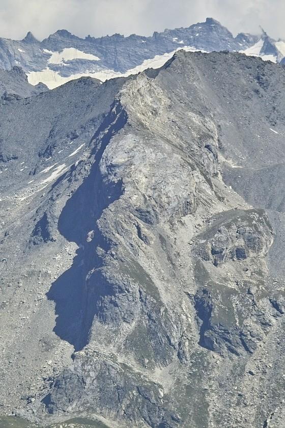 Les lacs de la Leisse et l'arête du Génépy Arsell10