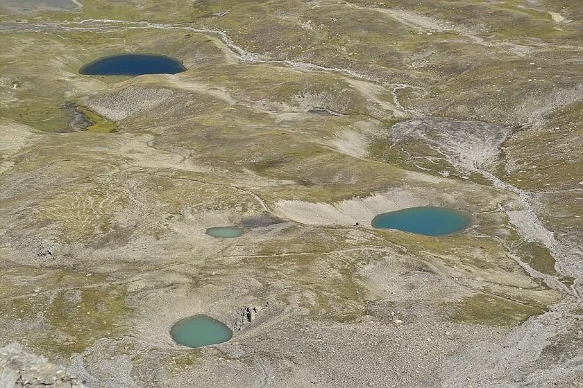 Les lacs de la Leisse et l'arête du Génépy Lacs_c10