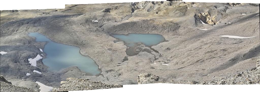 Les lacs de la Leisse et l'arête du Génépy Lacsle10