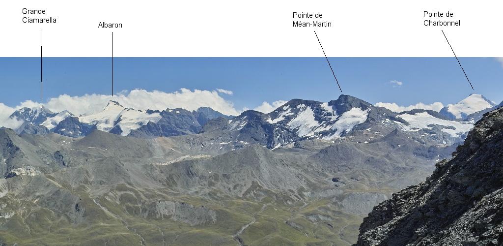 Les lacs de la Leisse et l'arête du Génépy Maurie10